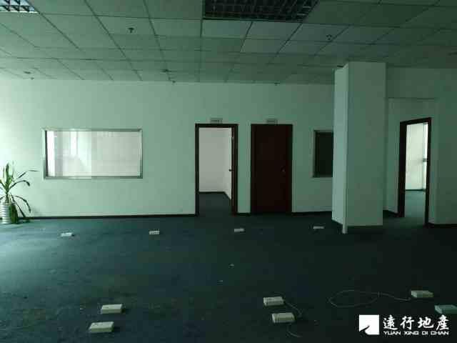宝安中心区 宝安互联网产业基地 399平米 中等装修