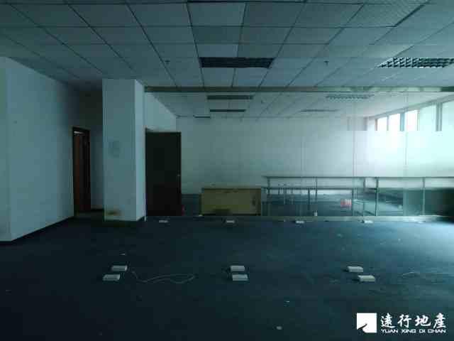 宝安中心区 宝安互联网产业基地 400.8平米 中等装修