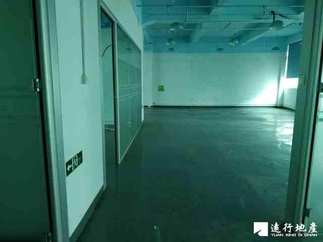 宝安中心区 宝安互联网产业基地 696平米 中等装修