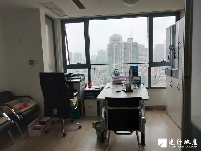 汉中门 金轮国际广场 62平米 精装修