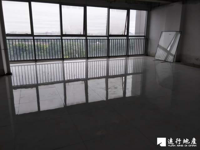 江桥 北虹桥电子商务智慧产业园 180平米 中等装修
