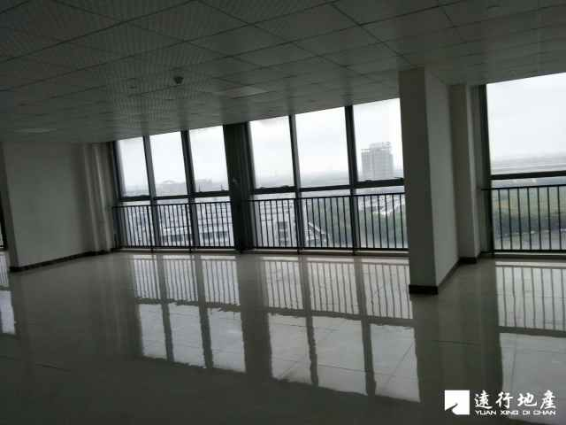 江桥 北虹桥电子商务智慧产业园 112平米