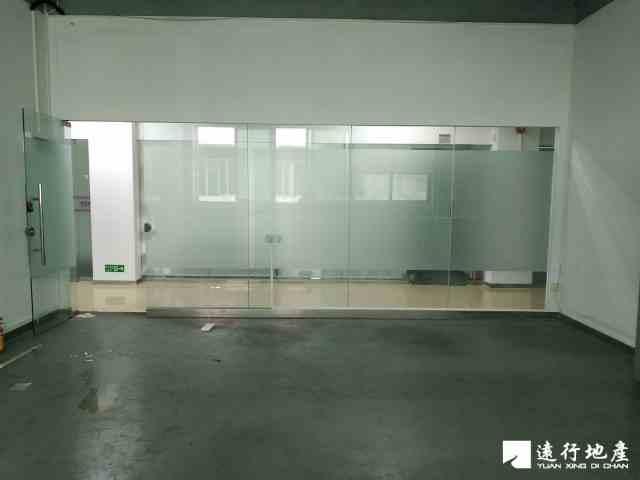 宝安中心区 宝安互联网产业基地 62平米 中等装修