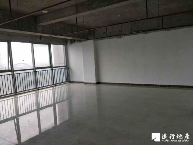 江桥 北虹桥电子商务智慧产业园 132平米