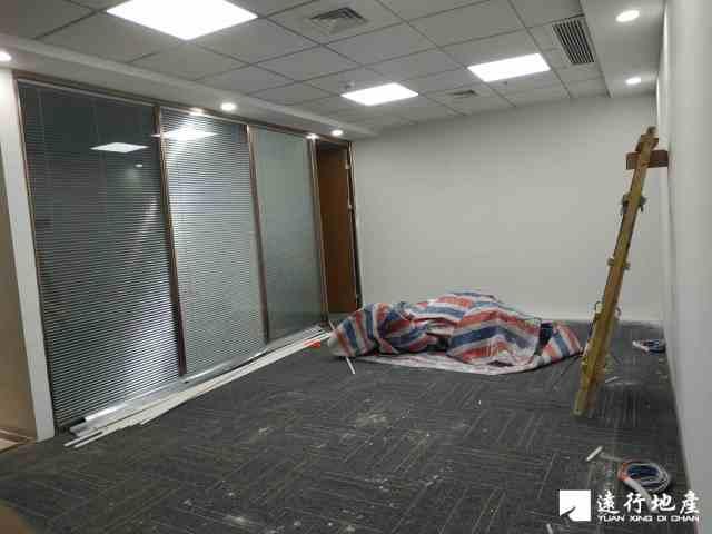 蛇口 TCL科技大厦 100平米