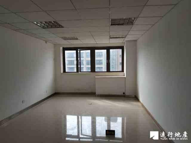 红牌楼 天邑国际大酒店商务写字楼 101平米