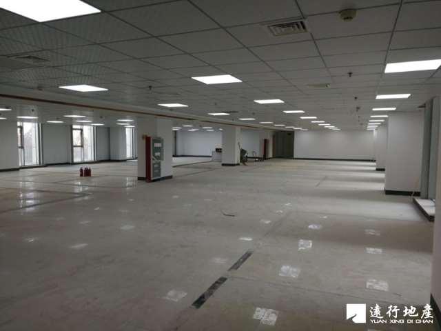 龙江 南京国际服务外包大厦 800平米 精装修