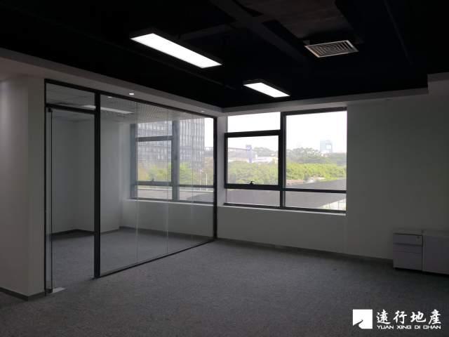 蛇口 TCL科技大厦 143平米 精装修