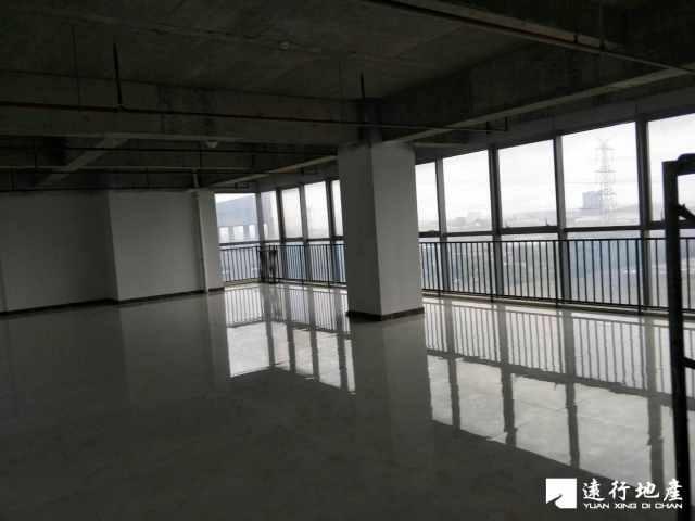 江桥 北虹桥电子商务智慧产业园 300平米