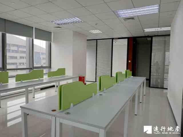 南山科技园 怡化金融科技大厦 245平米 精装修